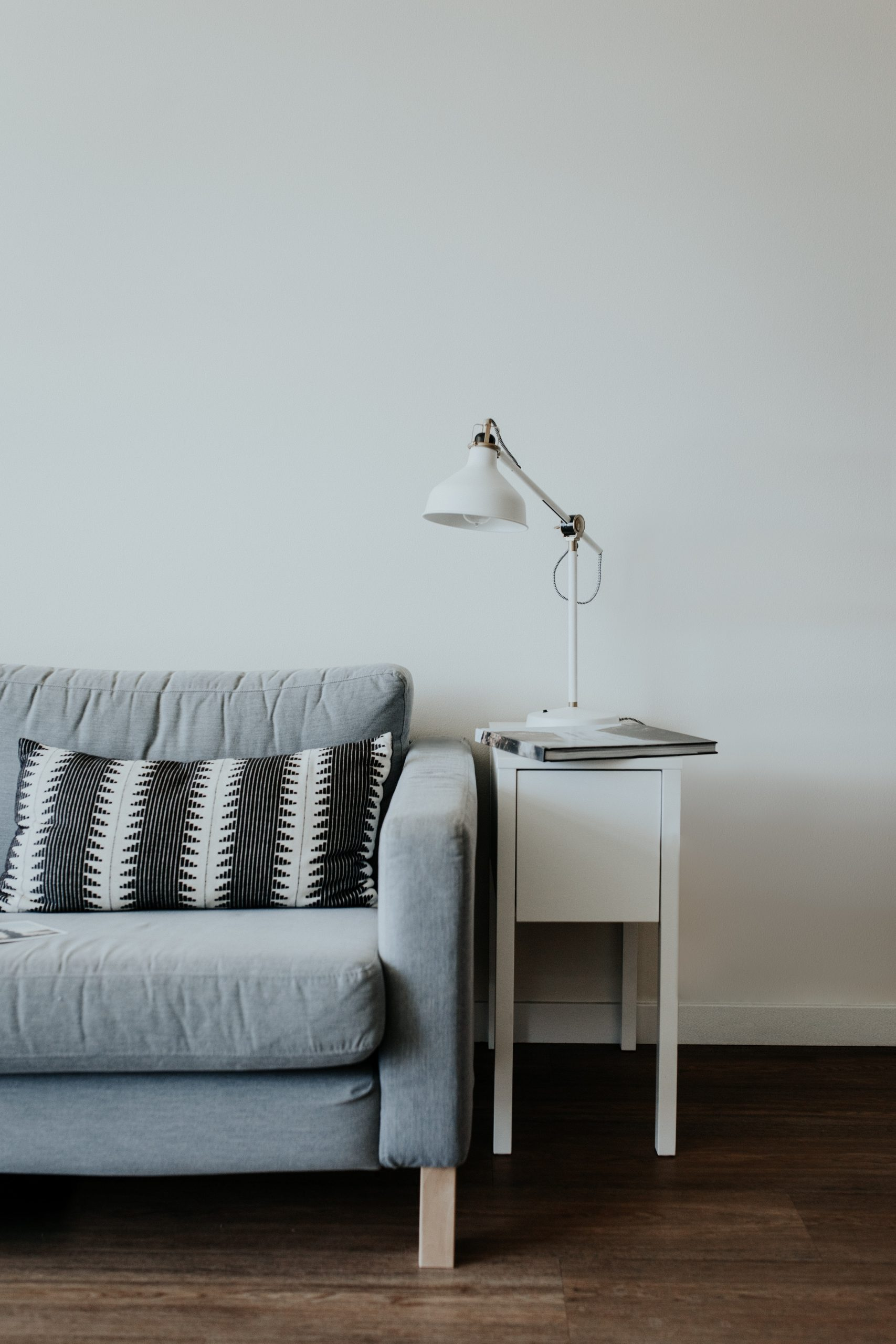 COHO-by-Vista-Land-Styling-Tips-to-Make-your-Space-Look-Bigger-Scaling-Furnitures