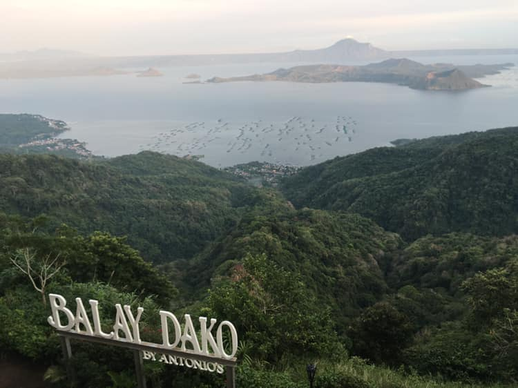 Condo in Tagaytay - Pine Suites - Balay Dako View of Taal Volcano