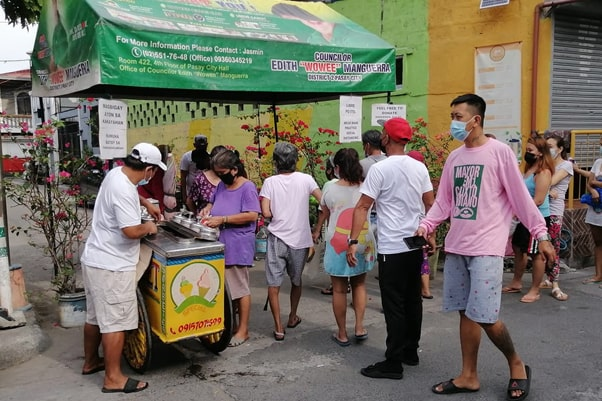 Condo in the Philippines - COHO By Vista Land - Community Pantry Donor - Tatay Elmar giving free ice cream